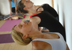 camel pose ladies italy yoga retreat