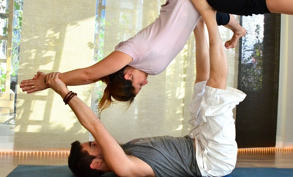 AcroYoga workshop with Dieke Bikker at Live Yoga Amsterdam
