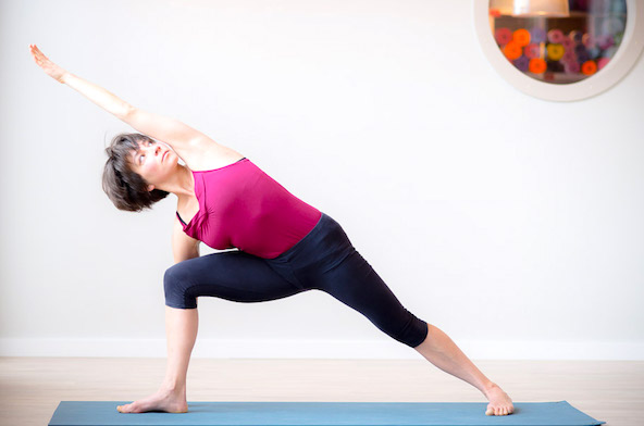Iyengar yoga for healthy back - therapeutic