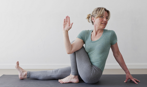 Cecile Russie teaches at LiveYoga iyengar yoga shala amsterdam