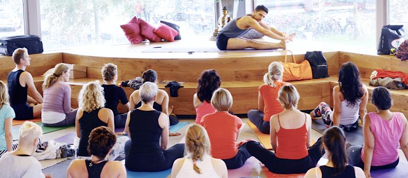 asaf hacmon yoga magazine