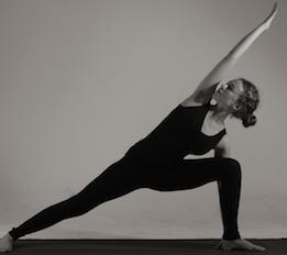 Parsvakonasana Irma Peters Iyengar yoga teacher at liveYoga Amsterdam