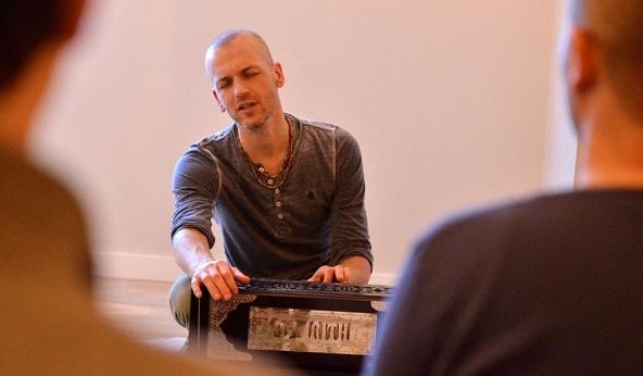 monthly fullmoon meditations & kirtan at live Yoga Amsterdam